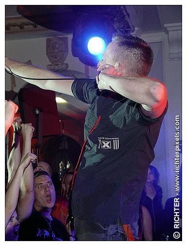Photos du DARK CASTLE FESTIVAL RICHTER-DC2009-SuicideCommando1