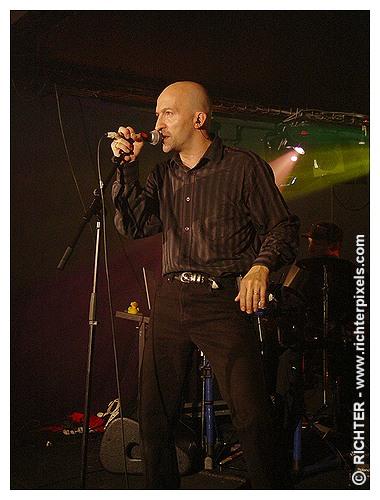 Photos du dernier concert parisien de TRISOMIE 21 RICHTER-WaitingForWords2009-02